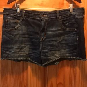 Dark wash jean shorts, Mossimo, s 14